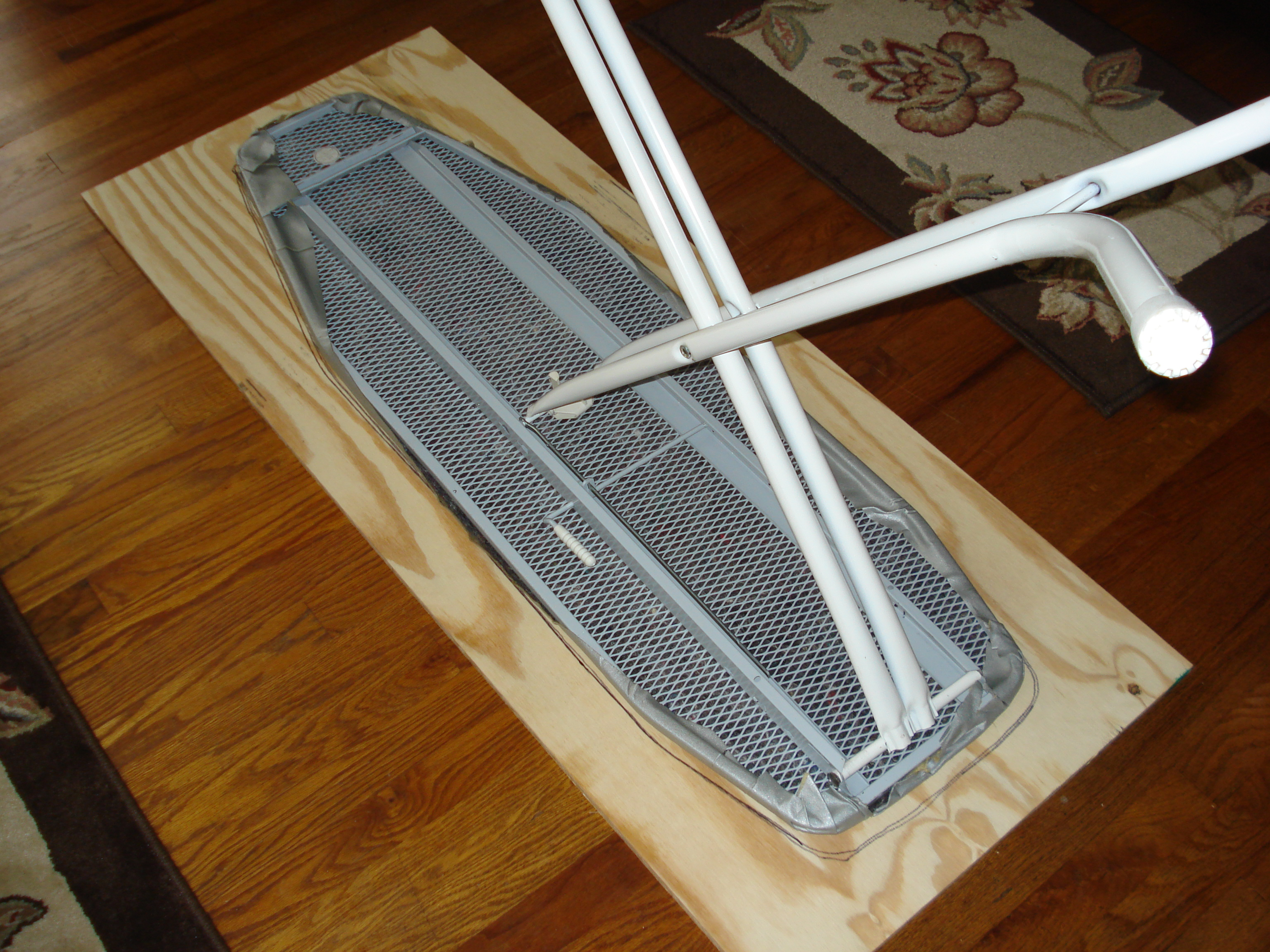Woodworking Plans Ironing Board With Simple Inspiration | egorlin.com : wide ironing board for quilting - Adamdwight.com