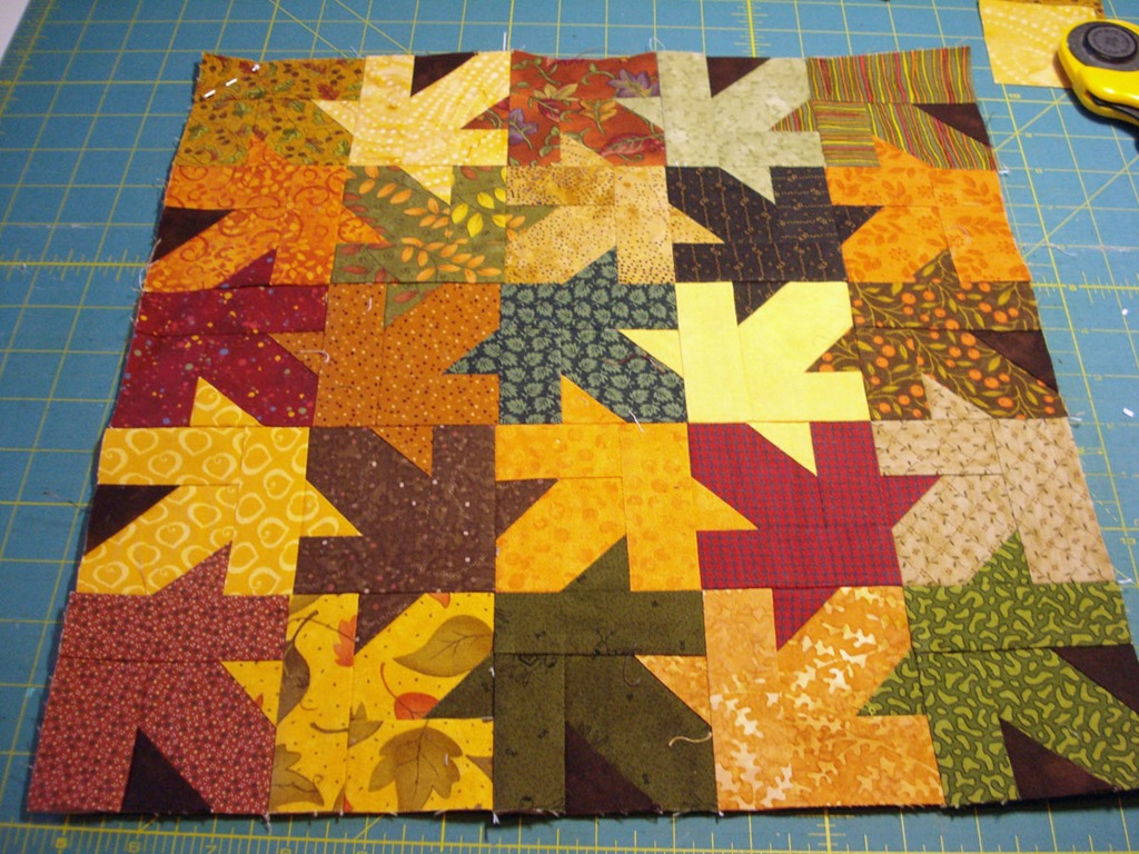 tessellating leaves paper piecing
