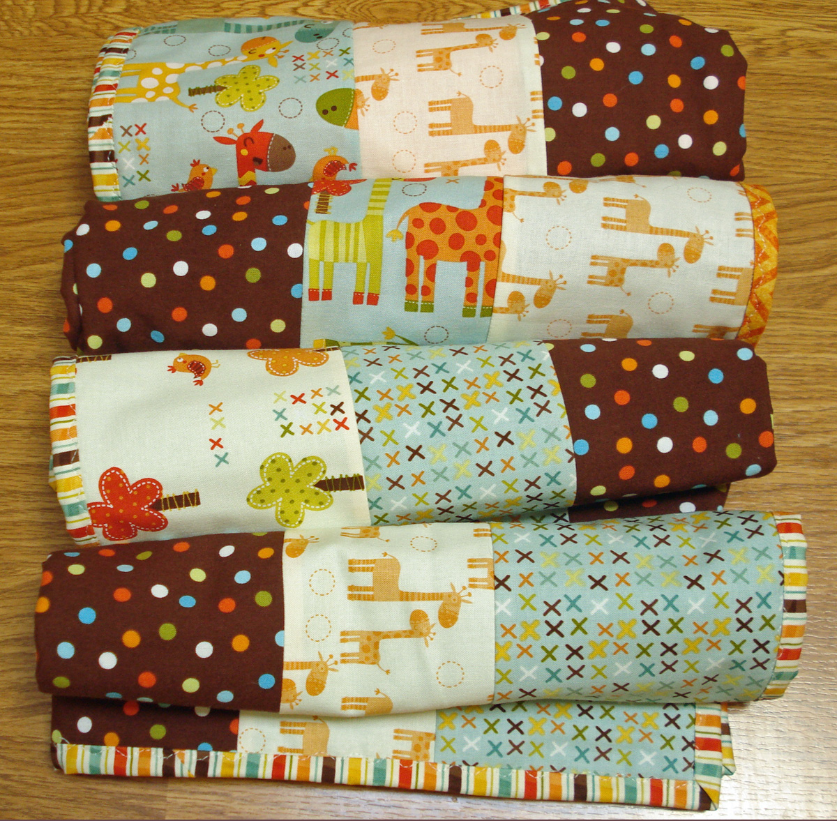 4 Baby Quilts in 4 Hours with 4 Fat Quarters +: Tutorial ... : fat quarter baby quilts - Adamdwight.com